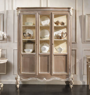 GR-1253 French Cabinet