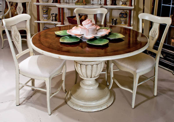 AIC-17-P Round Dining Table