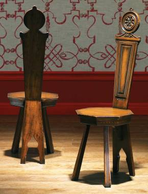FM-967 15th Century Stozzi Stool