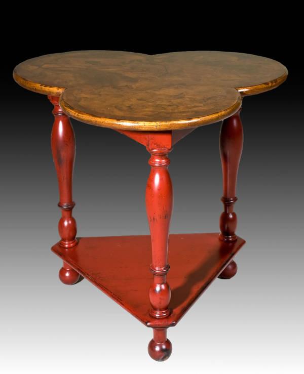 BIC-16-PT Surrey Clover Table