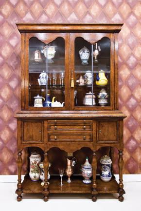 BIC-3 Wynnebrook Cabinet