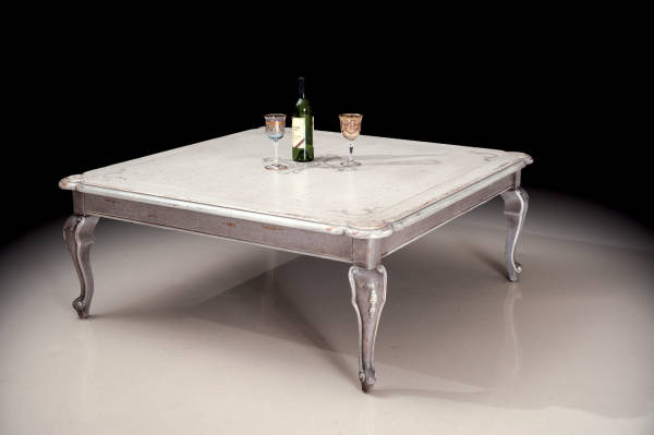 PM-4673 French Decorative Coffee Table