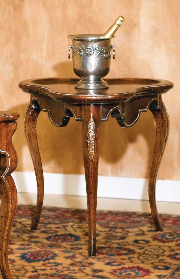 B-10 Lamp Table w/ Cabriole Legs
