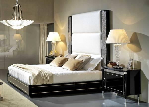 TM-5100 King Size Bed with Platform