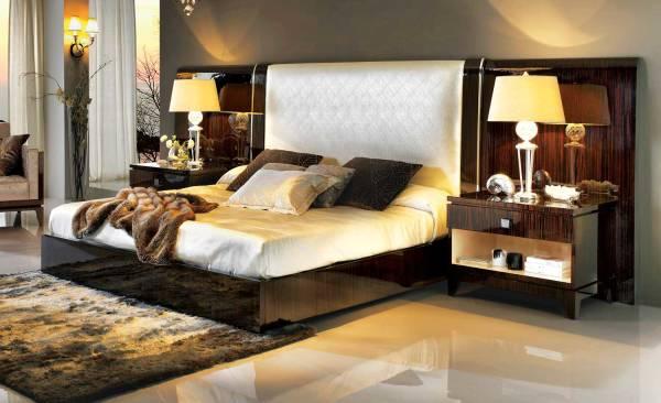 TM-5200-1 Makassar Ebony King Size Bed
