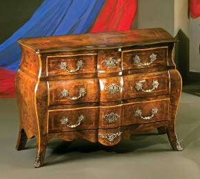 PL-93 Bombay Chest