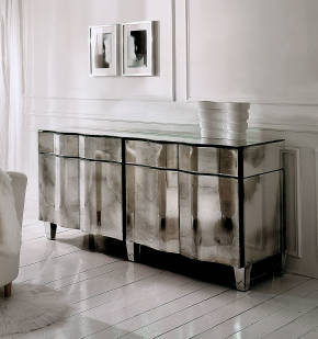 AV-01005 Mirrored Buffet