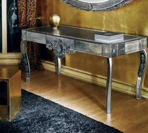 AV-3090 Venetian Desk
