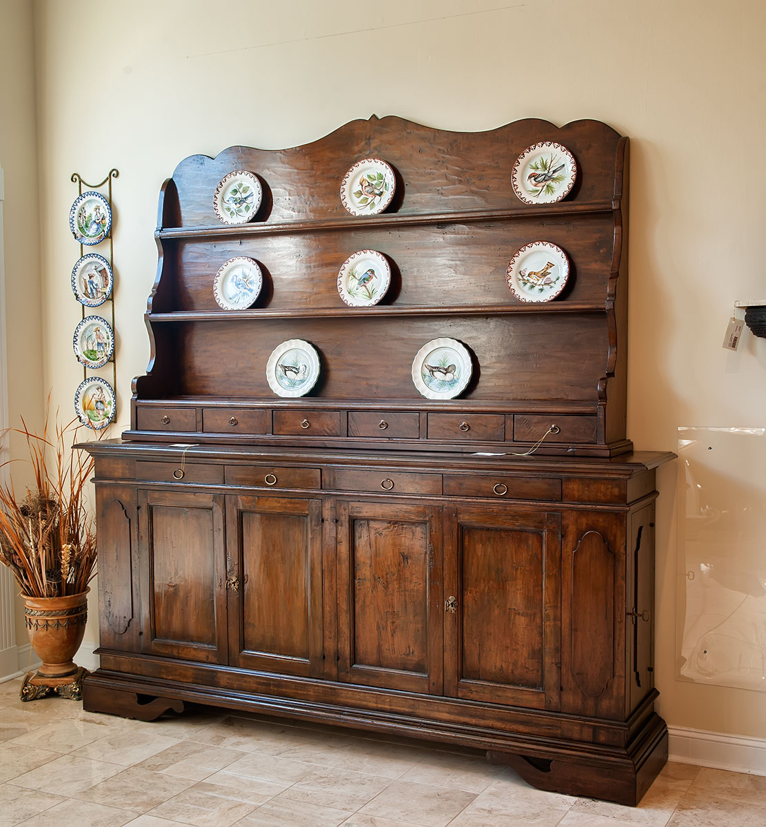 Vintage European Antique Furniture Now