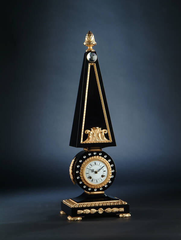 M-A122 Black Obelisk Clock