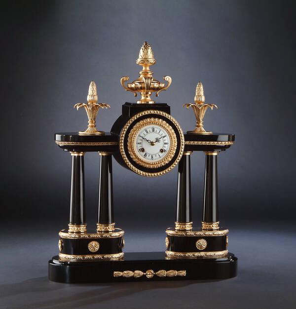 M-A123 Black Column Clock