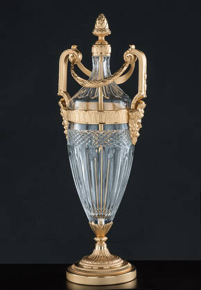 M-A139-0 Clear Crystal Urn