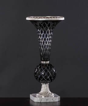 M-A142-1 Black Crystal Vase