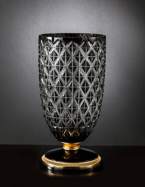 M-A150 Black Crystal Vase