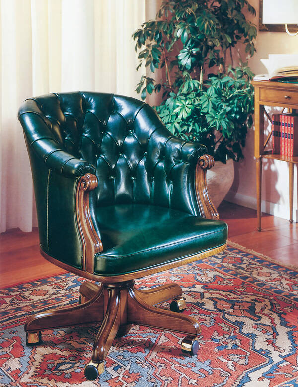 OR-122 Tufted Executive Chair