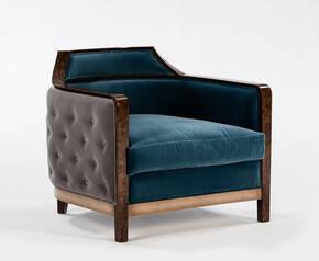 TM-8220 Armchair