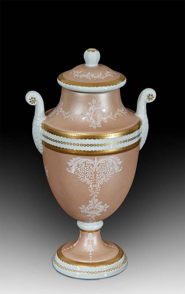 MG-21696 Porcelain Urn
