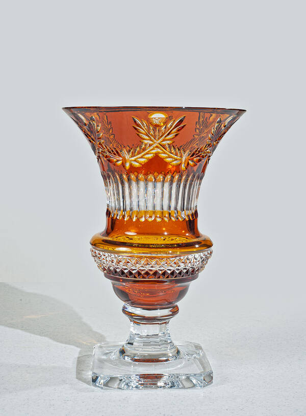 "CDM-720-304 12"" Amber Crystal Vase"