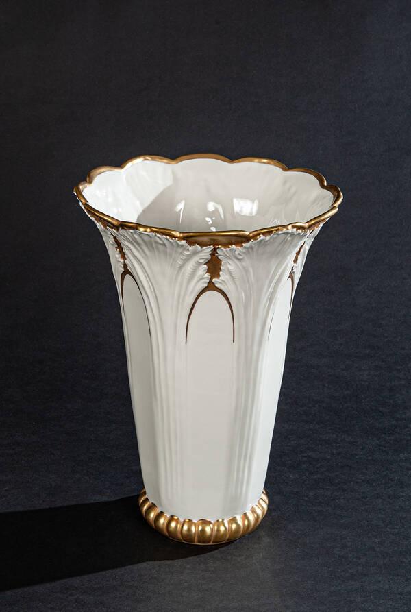 PV-0003609-702 Porcelain Tulip Vase