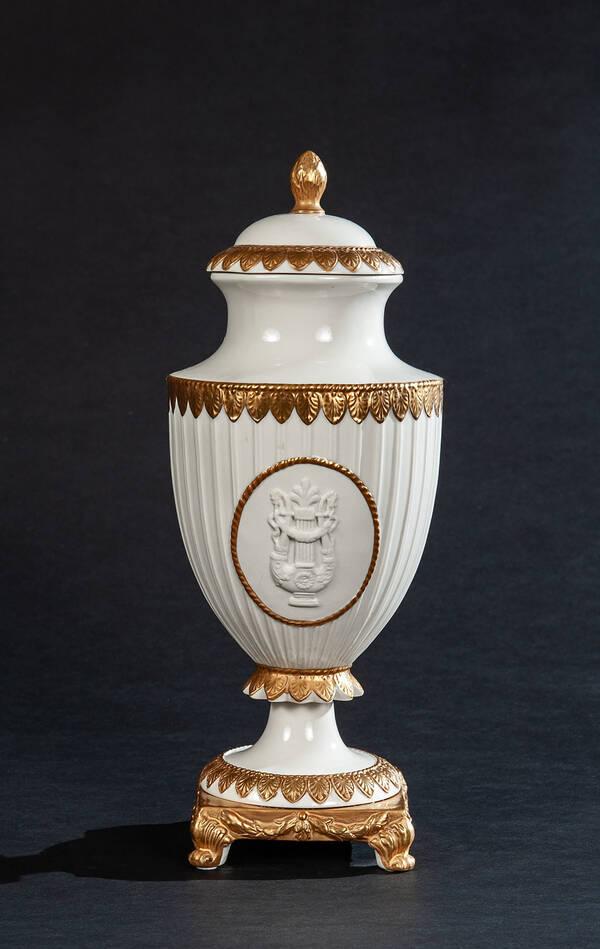 PV-3344-04 White Napoleon Ceramic Urn