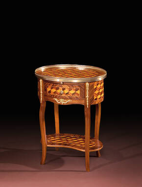 BN-64-C Louis XVI Small Table